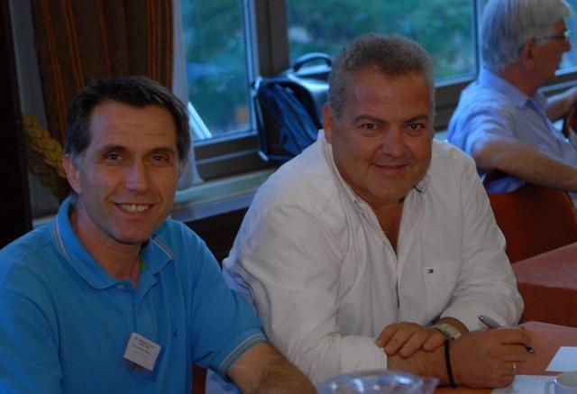 Ο Γ. Γραμματέας της ΠΕΣΕΔΕ κ. Β. Βλάχος με το μέλος του Δ.Σ. κ. Γ. Τζήκας