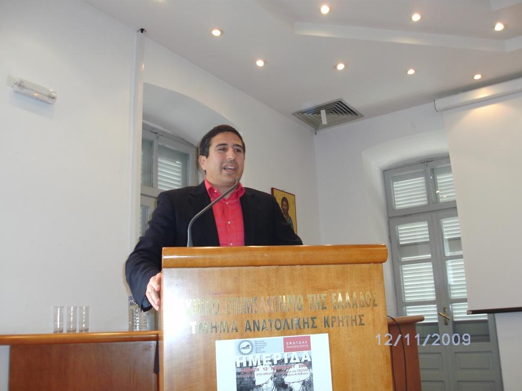 ο πρόεδρος του ΤΕΕ/ΤΑΚ Πέτρος Ινιωτάκης